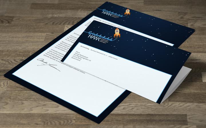 HAWK fliegt Briefpapier-Entwurf - Rakete